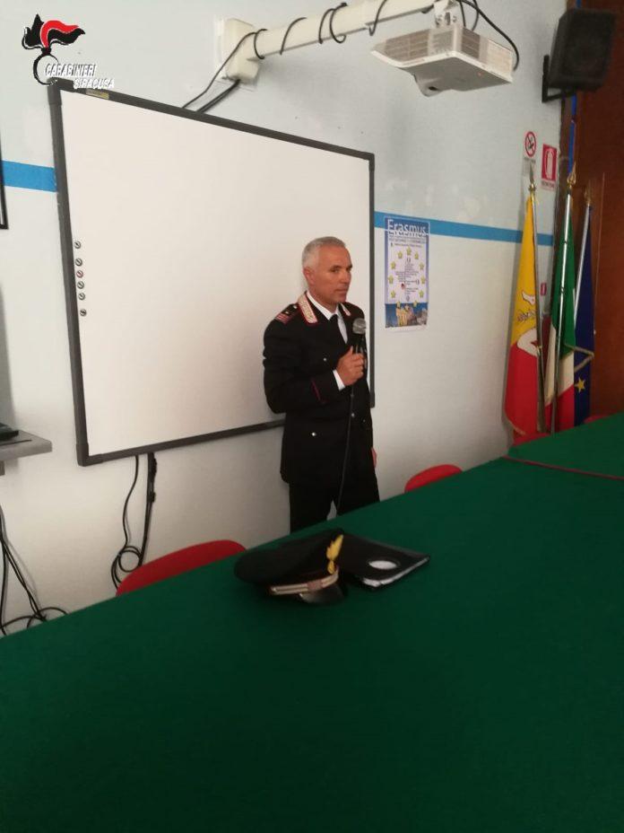 incontro carabinieri scuole